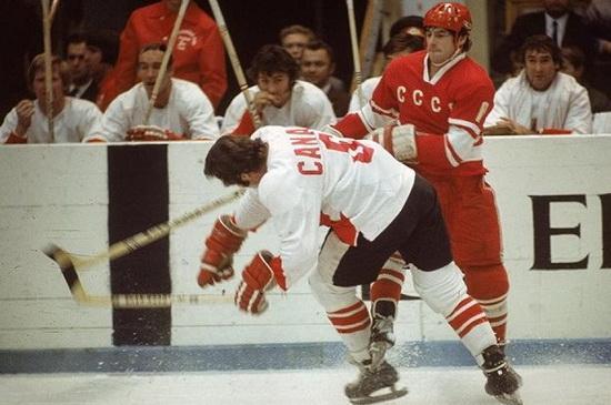 Один из матчей Суперсерии, 1972 год. Источник: iz.ru
