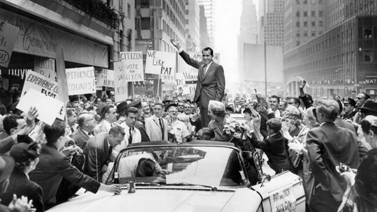 Президент Никсон не хотел, чтобы голуби помешали параду в честь его инаугурации
