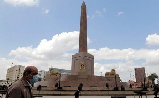 Обелиск в честь Рамзеса II на площади Тахрир