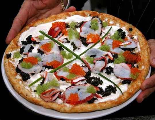 Пицца — самая популярная еда в мире со множеством соблазнительных вкусов.