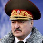 Лукашенко пообещал Западу жесткую реакцию на санкции