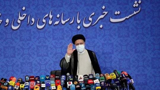 Ибрагим Раиси заявил 21 июня, на своей первой пресс-конференции после победы на выборах в минувшую пятницу, что внешняя политика его страны не будет ограничена ядерной сделкой