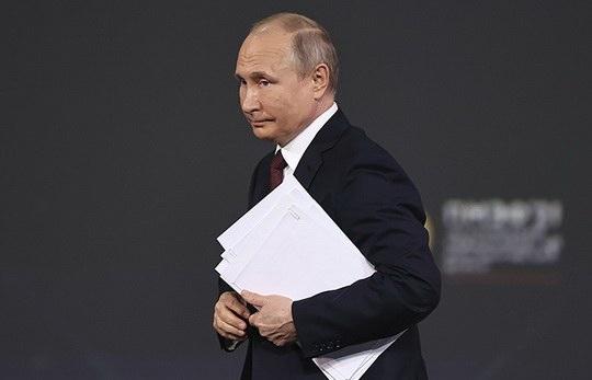 Президент России Владимир Путин подписал закон о денонсации Договора по открытому небу (ДОН).