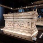 Сидонский саркофаг и его тайны