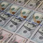 Власти РФ решили полностью отказаться от долларов в ФНБ
