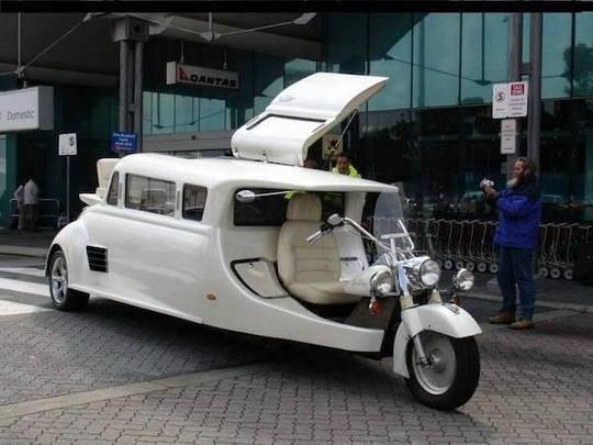 На городских и сельских дорогах иногда можно встретить необычный транспорт