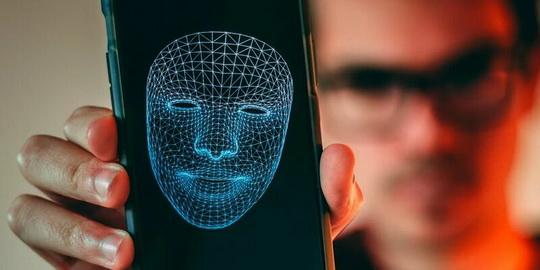 В течение ближайших двух лет Apple намерена оснастить компьютеры Mac датчиками Face ID — системы биометрической аутентификации, применяемой сейчас в iPhone и iPad Pro.