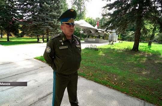 Интервью Игоря Голуба — командующего ВВС и войсками ПВО Вооруженных Сил Беларуси показали в эфире СТВ.