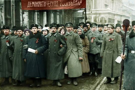 Если бы те, кто уговаривал Николая II отречься, знали, что произойдёт потом с Россией, то никогда бы не стали этого делать.