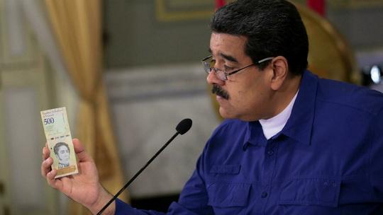 Центральный банк Венесуэлы сообщил о списании шести нулей с национальной валюты для упрощения ее использования в бухгалтерском учете