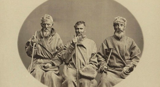 Пойманные беглые каторжники в эпоху крепостного права часто притворялись, что не знают ни своего имени