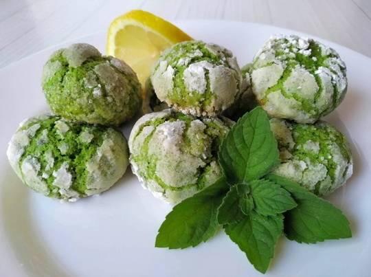 Мятное печенье - это по-настоящему летний и освежающий десерт к чашечке чая.