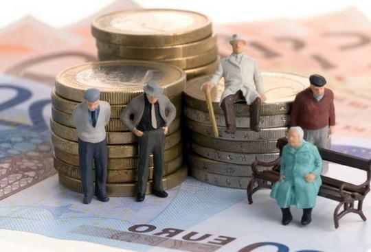Правительство РФ подготовило законопроект «О внесении изменений в отдельные законодательные акты РФ», согласно которому негосударственные пенсионные фонды (НПФ) будут обязаны вернуть пенсионные накопления клиентам