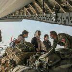 Великобритания отказалась направлять помощь афганцам через талибов