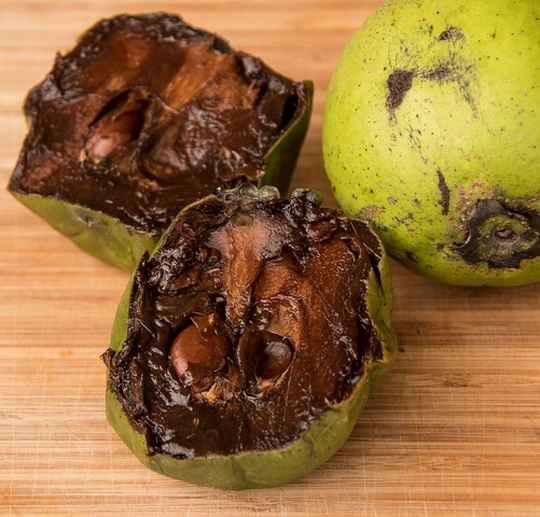 черный сапоте — это натуральный десерт